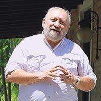 Dr. Juan Enrique Romero